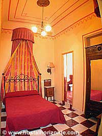 Hostales y pensiones de madrid hostal madrid hostel pension madrid - Hostales en madrid puerta del sol ...