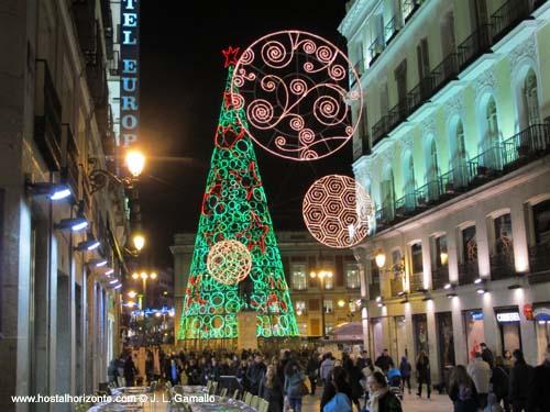 Navidad madrid luces puerta del sol spain hostal madrid hostel pension madrid - Hostales en madrid puerta del sol ...