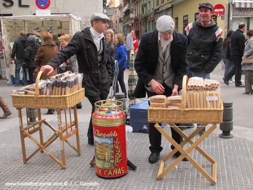 El domingo por la ma ana a el rastro hostal madrid - El rastro del electrodomestico ...